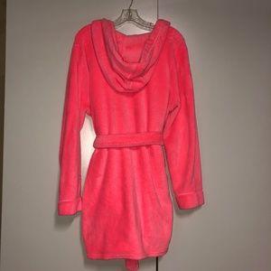 Xhilaration Neon pink orange plush robe L/XL
